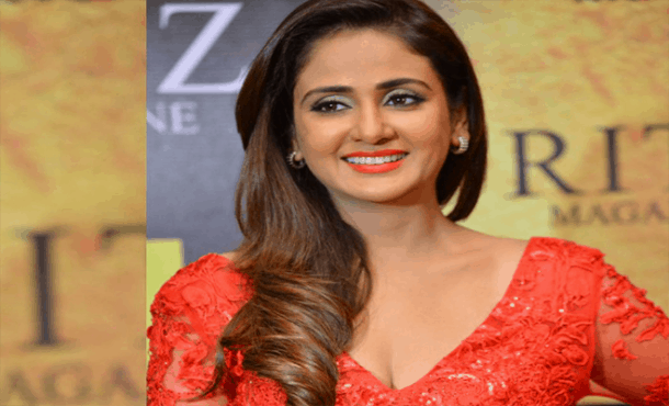 Parul Yadav Biography