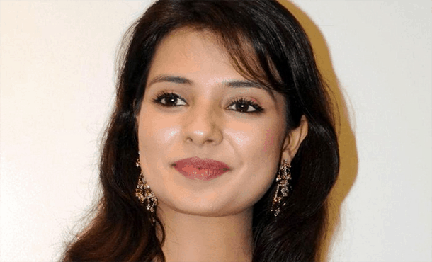 Saloni Aswani Biography