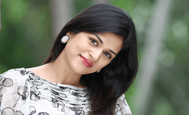 Shraddha Das Biography