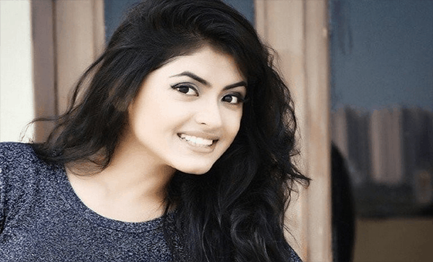 Simi Chahal Biography