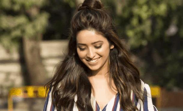 Asha Negi Biography