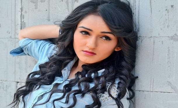 Tanya Sharma Biography