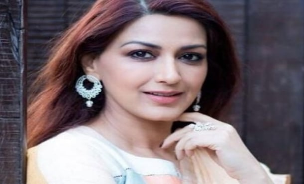 Sonali Bendre Biography